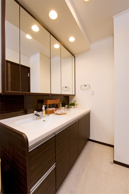 【注文住宅の洗面室・お風呂フォトギャラリー】注文住宅や住宅リフォームは、伊藤忠グループの住宅メーカー イトーピアホームへ